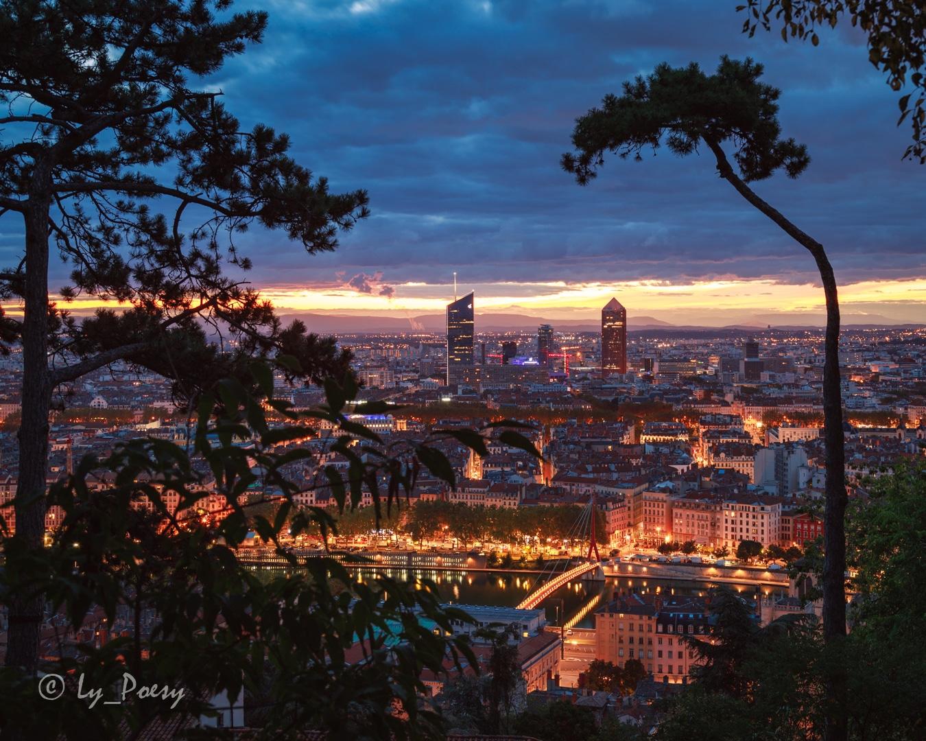 Panorama de Lyon le soir